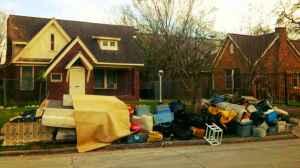 Funny craigslist ad 132 moving sale for Houston craigslist garage sales
